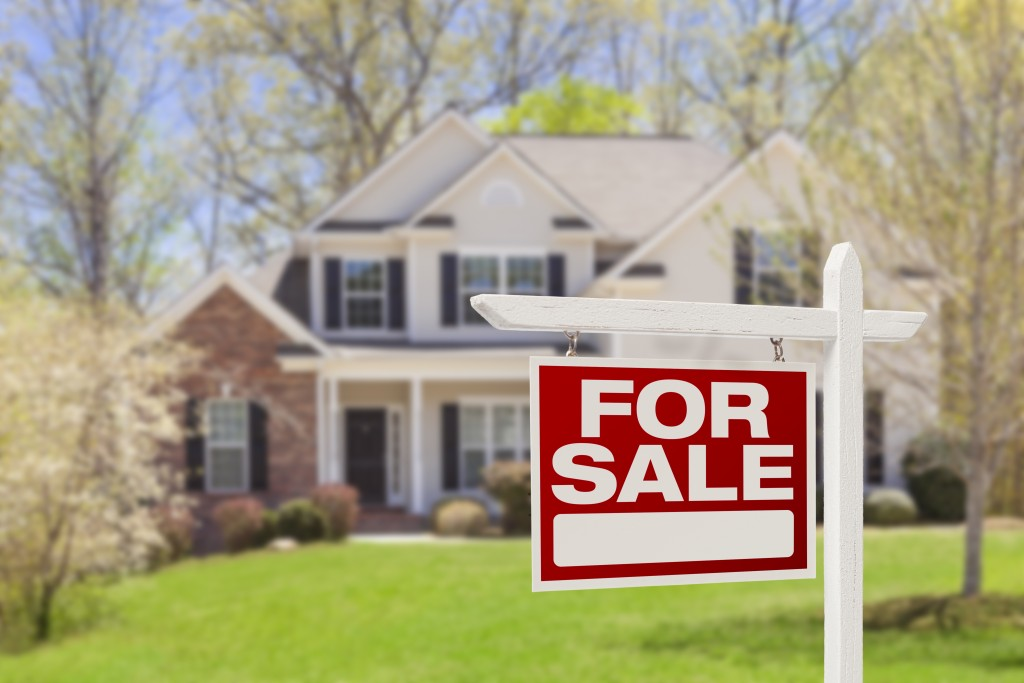 Tips For A Smooth Home Sale